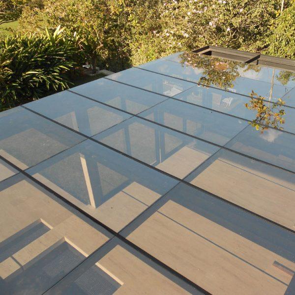 cobertura-em-vidro-azul-espelhado-10